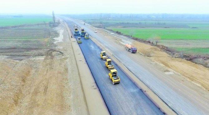 Bakı-Quba-Rusiya yolunun tərkib hissəsi olan magistralın tikintisi davam etdirilir - FOTO