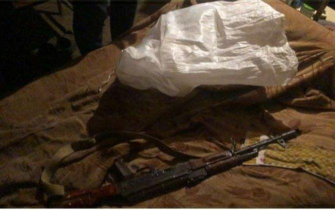 Cəlilabad sakinlərindən silah-sursat və narkotik götürülüb