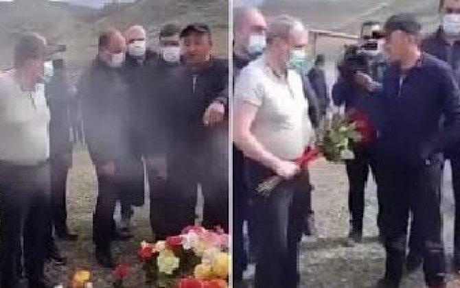 Nikola şok: məzara gül qoymasına icazə verilmədi - VİDEO