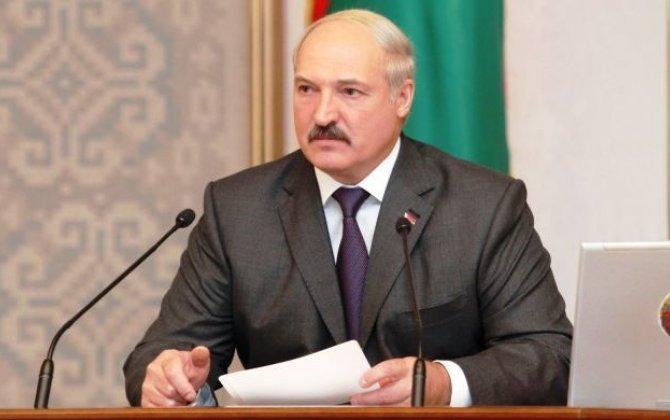 Bakıdan dönən kimi Putin mənə zəng etdi - Lukaşenko