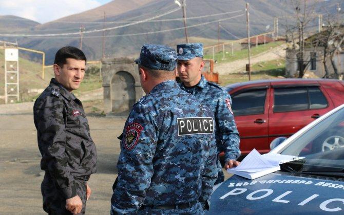 """Erməni separatçılarının """"polis""""i Qarabağ yollarında yeni postlar yaradacaq...-FOTOLAR"""