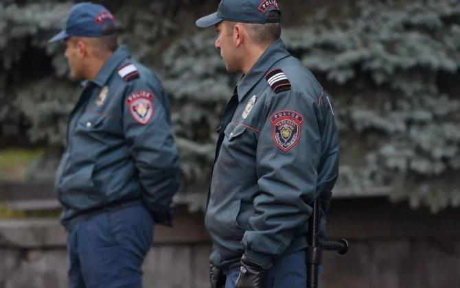 Yerevanda polis 50-dən çox kriminal avtoriteti yaxaladı - FOTO