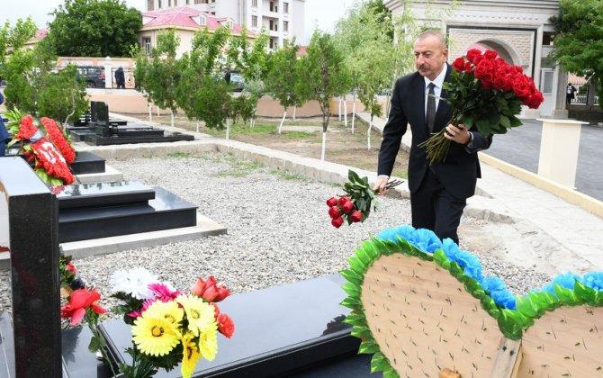 Prezident Naxçıvanda Vətən müharibəsi şəhidlərinin məzarlarını ziyarət edib