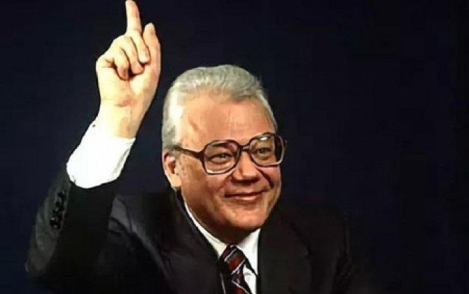 Qromıkonun etibar etdiyi diplomat – Şevçenko böyük pul qarşılığında SSRİ-nin bütün sirlərini ABŞ-a satıb