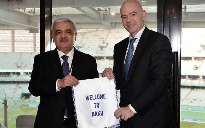 Rövnəq Abdullayev FIFA prezidenti ilə görüşdü - FOTO