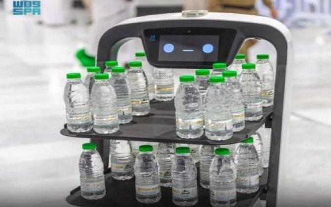 Məkkədə Zəm-zəm suyunu robotlar satmağa başladı...-FOTOLAR+VİDEO
