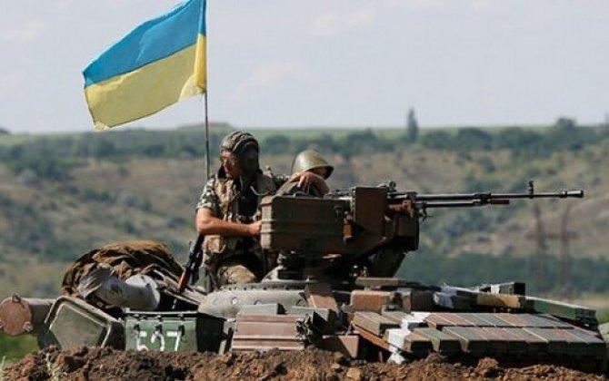 Ukrayna ordusunu Krım sərhədinə yerləşdirdi