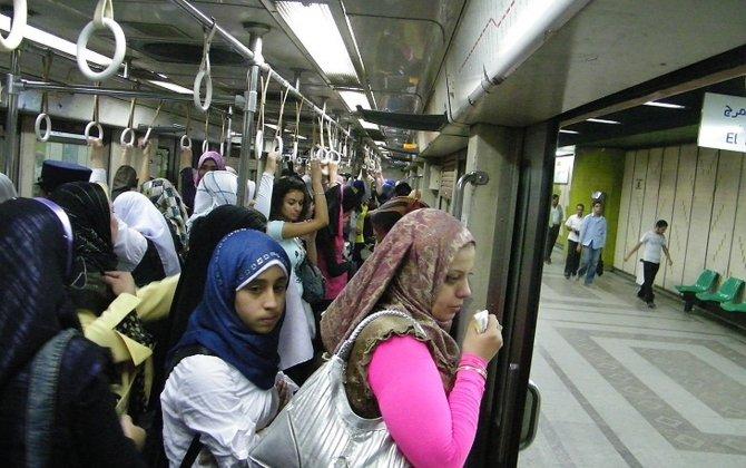 Metroda qadın və kişilərin ayrı-ayrı vaqonlarda getməsi ideyası dəstəkləndi...-İBRƏTAMİZ