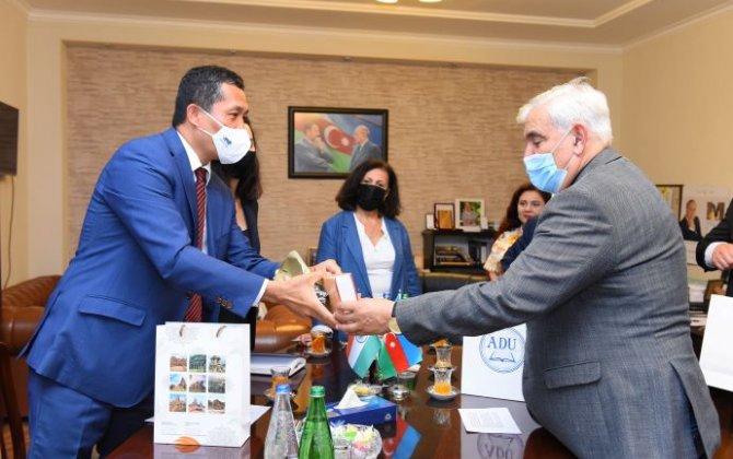 ADU-nun rektoru Hindistanın ölkəmizdəki səfiri ilə görüşüb - FOTO