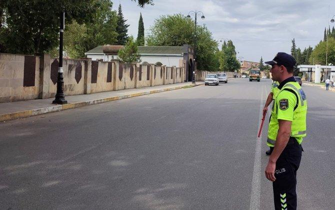 Keçidlərdə piyadalara yol verməyən sürücülər cərimələnib - FOTO