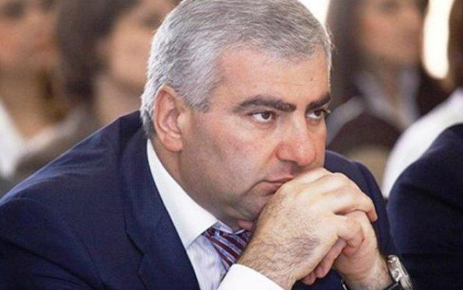 Erməni milyarder Ermənistanda 3 rəsmi dil qəbul olunmasını təklif etdi...