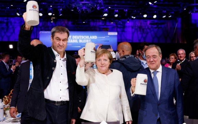 """""""Augsburger Allgemeine"""": Almanların əksəriyyəti Merkel üçün darıxmayacaq - SORĞU"""