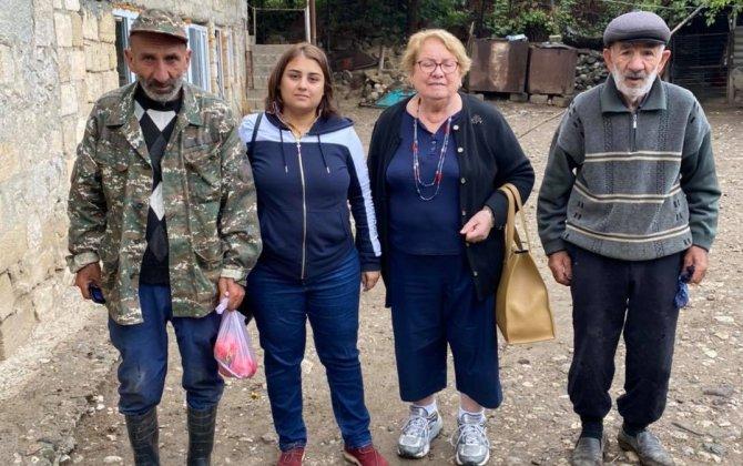 Şuşa rayonuna daha bir erməni Maral gəldi və kasıblara inək payladı... - FOTOLAR