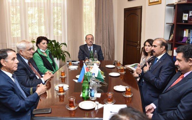 Akademik Kamal Abdulla Pakistan Müasir Dillər Universitetinin rektoru ilə görüşüb - FOTO