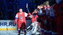Putin xokkey matçında meydana çıxdı - VİDEO