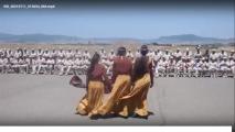 Erməni qızları azərbaycanlıların soyqırımı məkanında Rusiya hərbçilərini əyləndirdi… - FOTOLAR+VİDEO