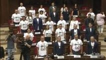 Ermənistan müxalifəti parlamentin ilk iclasında şou yaratdı - FOTO