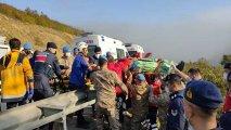 Türkiyədə sərnişin avtobusu uçuruma yuvarlandı - 2 ölü, 15 yaralı