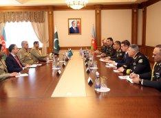 Zakir Həsənov Pakistan Quru Qoşunlarının komandanı ilə görüşüb - FOTO