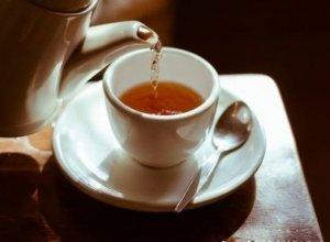 Qara çayın faydalı və ziyanlı xüsusiyyətləri
